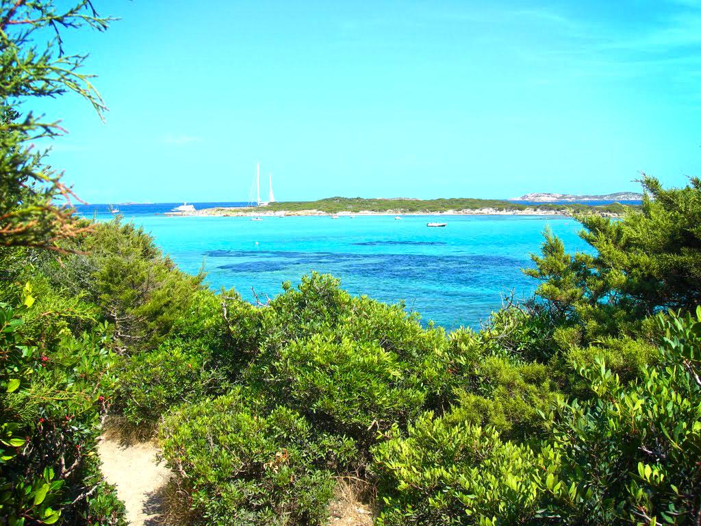 Remote Bay, Sardignia Corsica Sailing