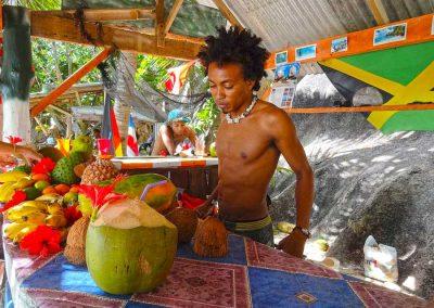 La Digue, Fruta Cabana Bar